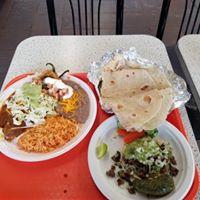 Los Jilbertos Mexican Food logo