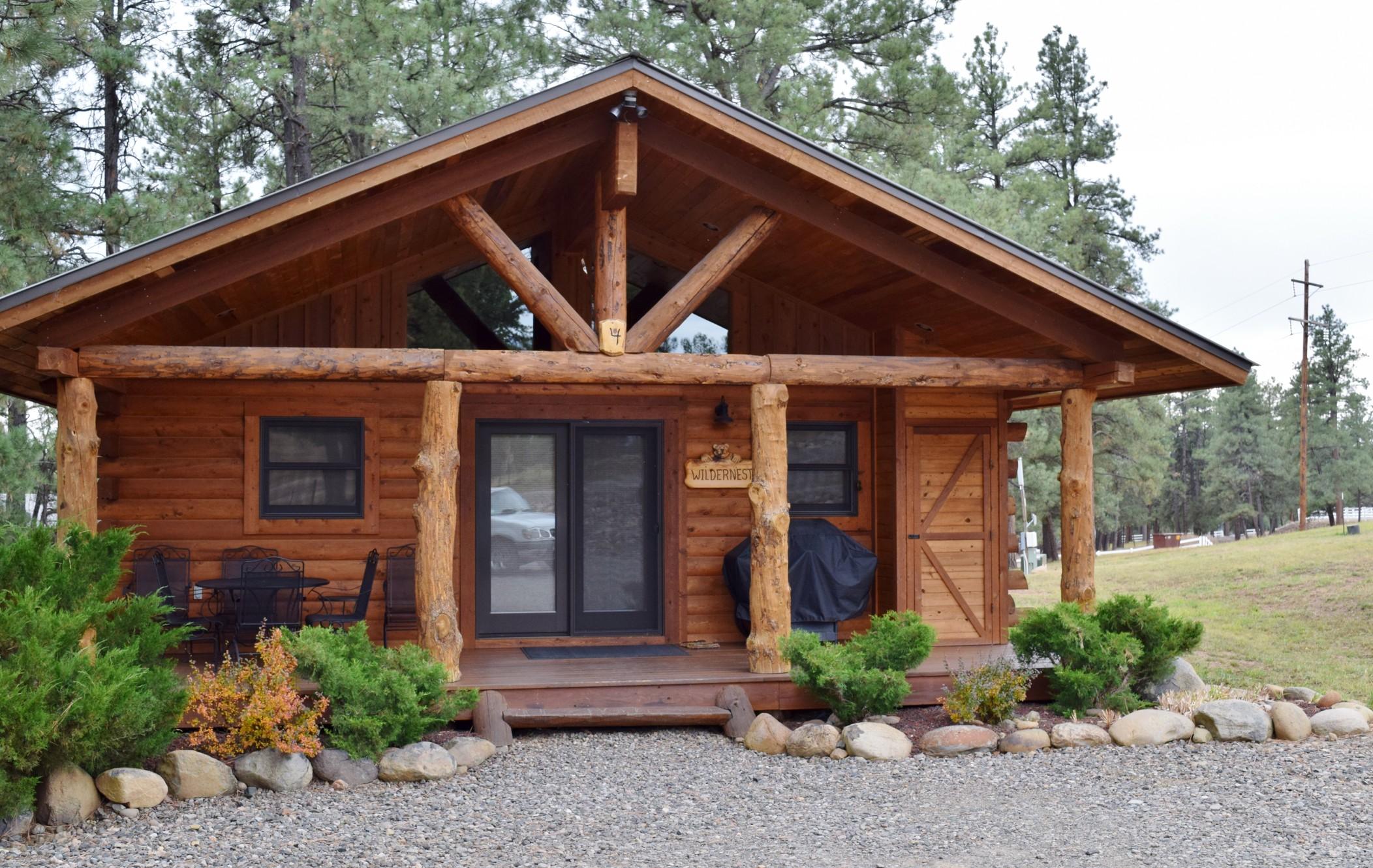 Cabins At Hartland Ranch The logo