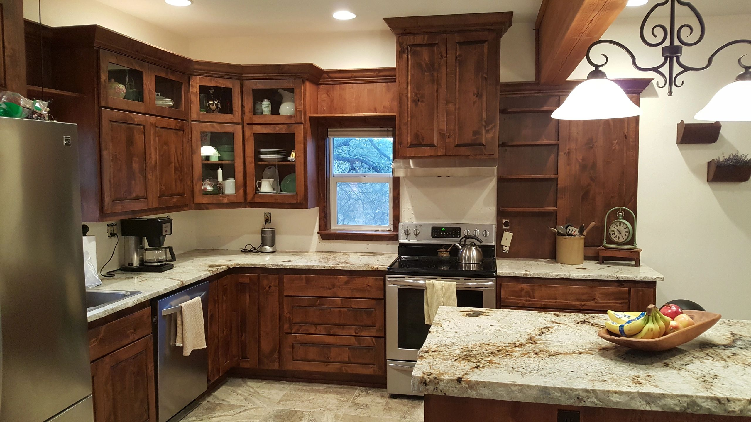 Pagosa Cabinets or Lokey Specialty Woodworks Inc logo